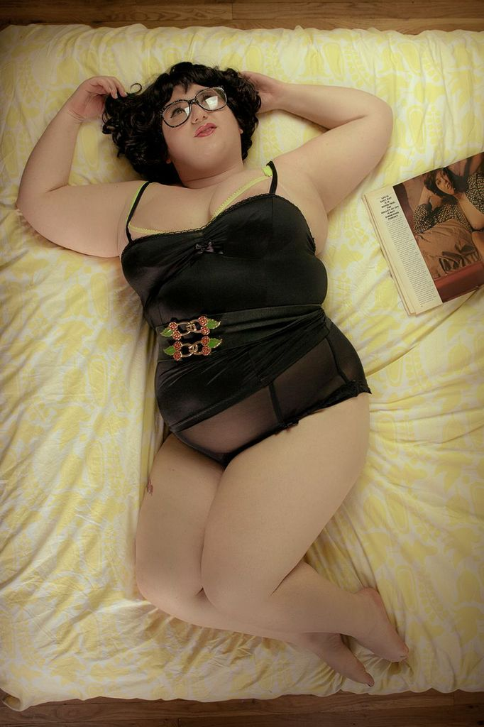 fat pinup.jpeg