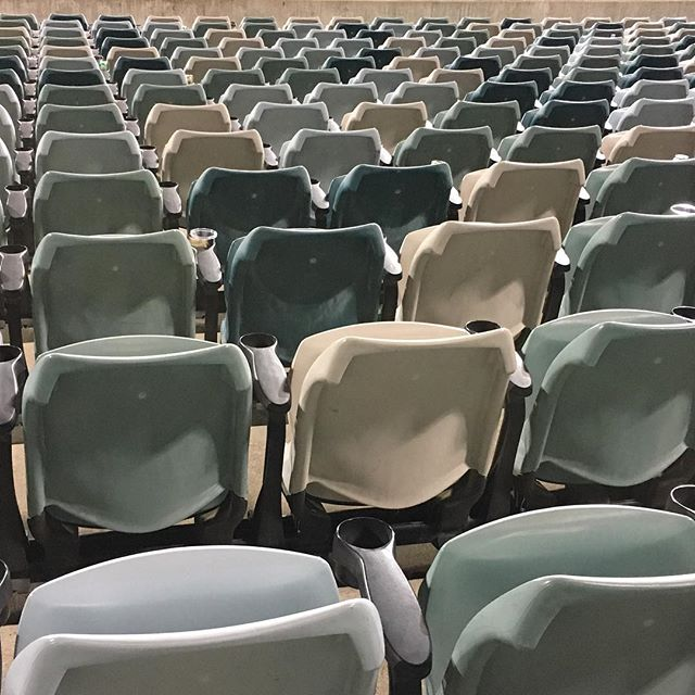 #pattern #chairs #angles #rows #seats #lines #horizontal #composition #everydaypatterns #stadium #seating #cream #blue #olive #green #grey #repeat #giostadium #canberra #CBR