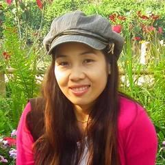ติ๋ม – เหรัญญิก    นักวิจัยที่มหาวิทยาลัยราชภัฎเชียงราย – มีความสุขที่สุดเมื่อได้ทำอาหารไทยแสนอร่อยอยู่ในห้องครัว