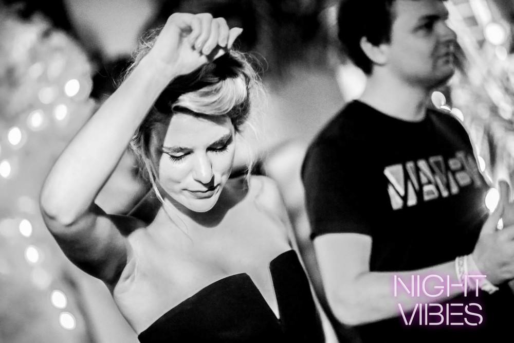 NIGHT VIBES 041015 (19 of 78).jpg