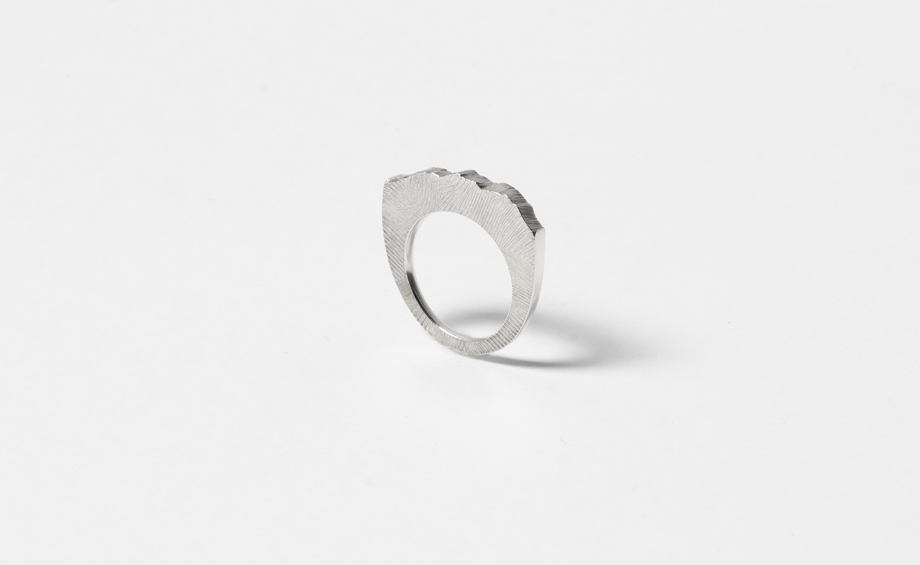 Fractures series, slim no.2 ring in sterling silver