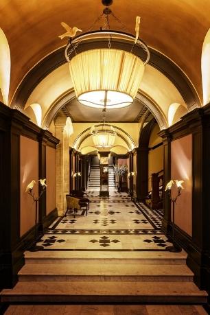 Loscar entrance.jpg