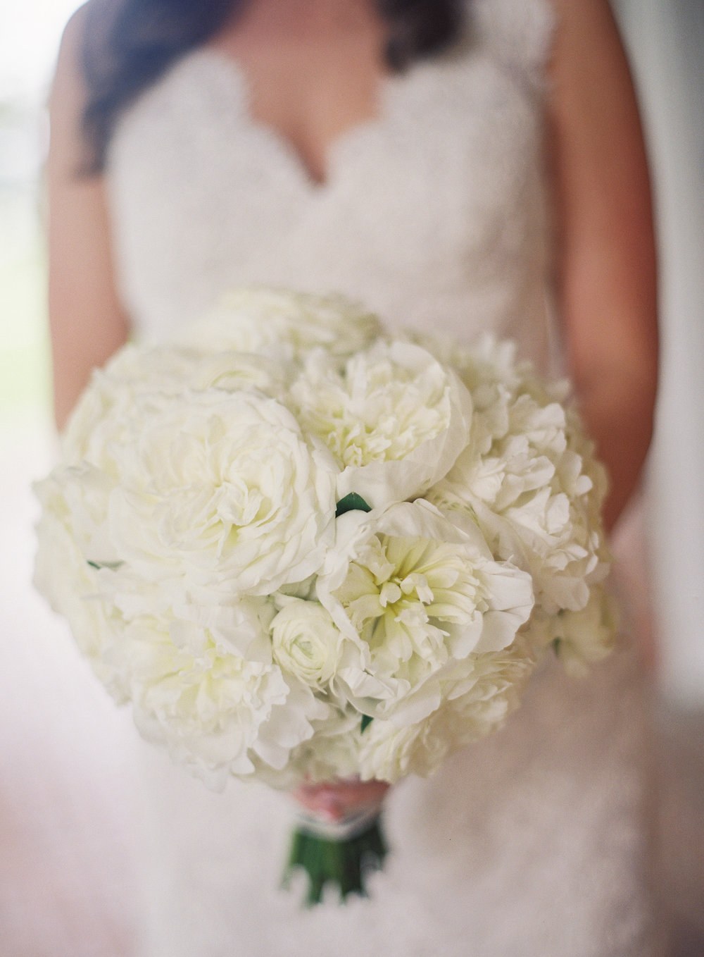 Sapphire Events | Catherine Guidry Photography | Wedding Planning | New Orleans Wedding | Stella Plantation Wedding | Blue and White Wedding | Classic Rainy Day Wedding | Outdoor Wedding | Tent Wedding | Hunter Boots | Blue and White Wedding Details | All white bridal bouquet