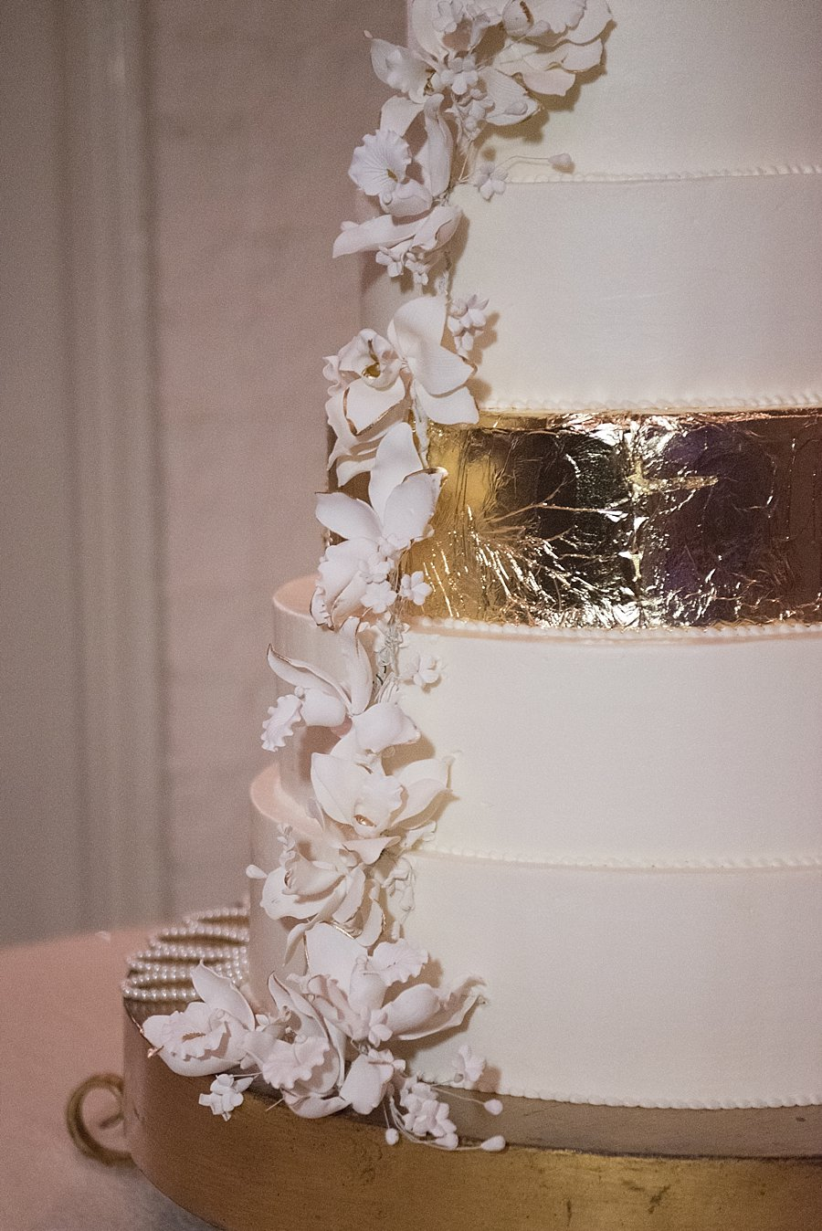 La Louisiane Bakery | Gold foil Cake | Classic black and white black-tie wedding at home | Sapphire Events | Jacqueline Dallimore Photo | NYE Wedding | Estate Wedding | Tented Wedding | Monique Lhuillier gown | Blush Wedding dress | New Year's Eve wedding