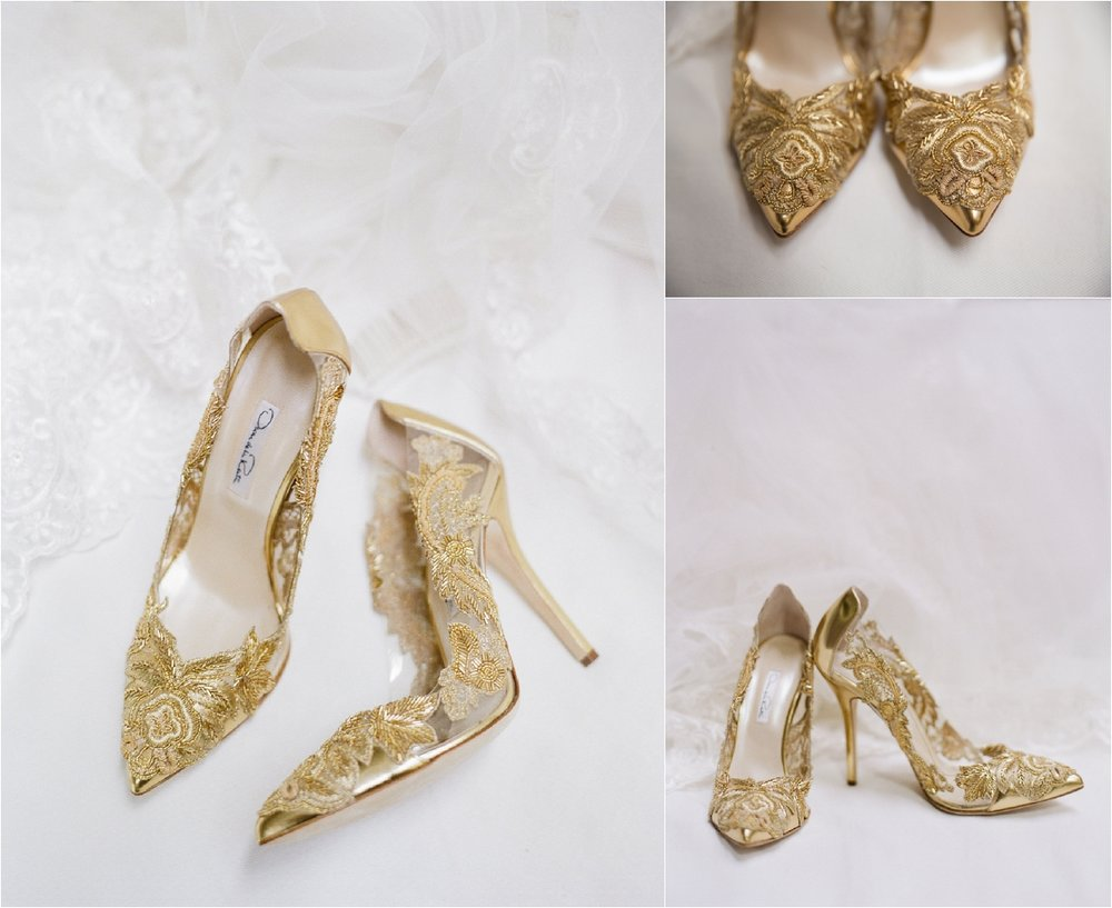 Oscar de la Renta shoes | Gold Shoes | This is what happens when a bride asks her guests to wear all white | Wedding En Blanc | Sapphire Events | Erika Parker Photography Montegut House | Luxury Wedding | Courtyard wedding | French Quarter Wedding | Luxe Wedding Details