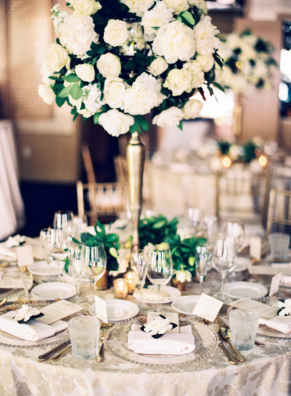 50th Anniversary Golden Celebration | Sapphire Events | Marissa Lambert Photography | Arnaud's Restaurant | French 75 |