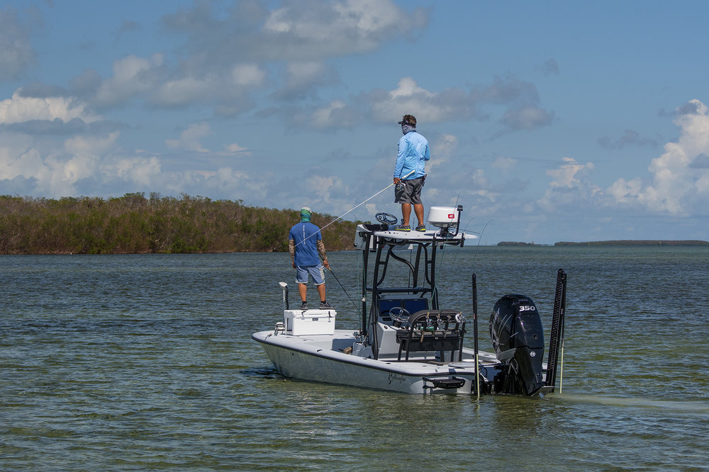 tom-rowland-flyfishing-for-tarpon-in-the-florida-keys-on-saltwater-experience