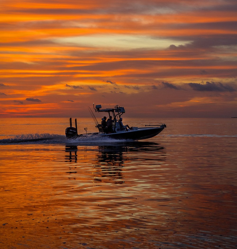 captain-daniel-andrews-heads-out-from-a-beautiful-sunrise-with-saltwater-experience