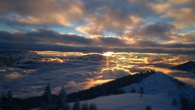 Sunset #snowmads