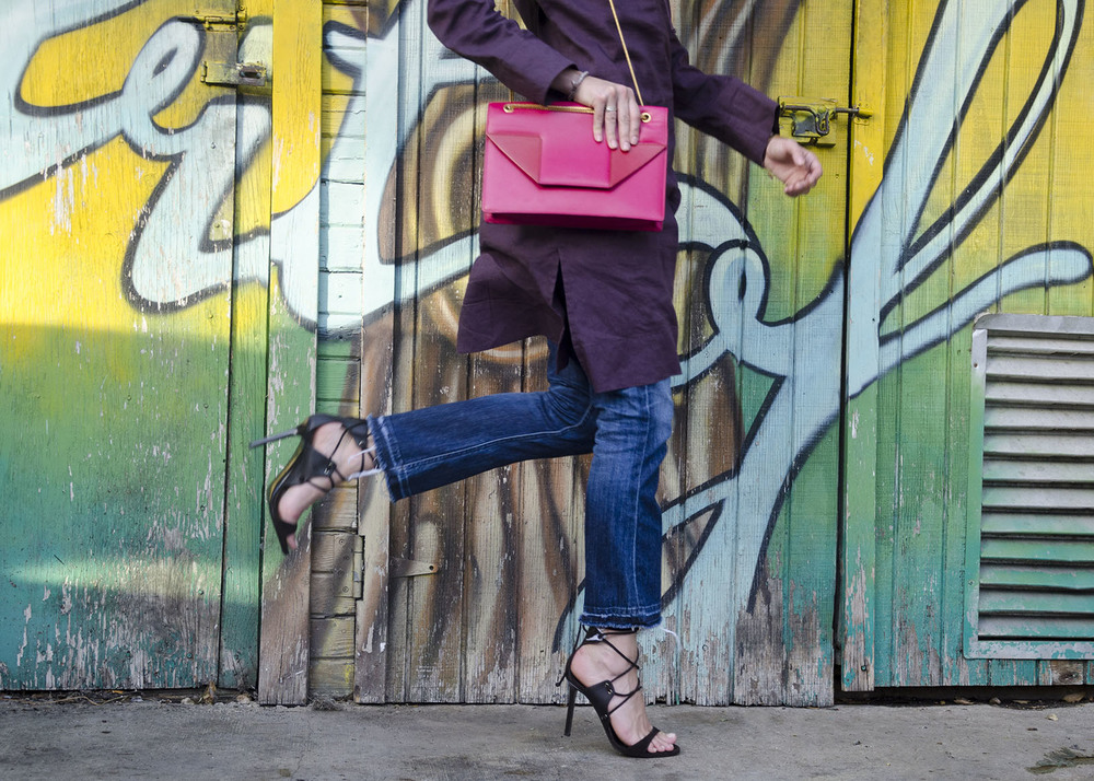 Kick flare pants, wrap sandals, and lady like boxy bag. Prefall '15 on The Shoe Diet