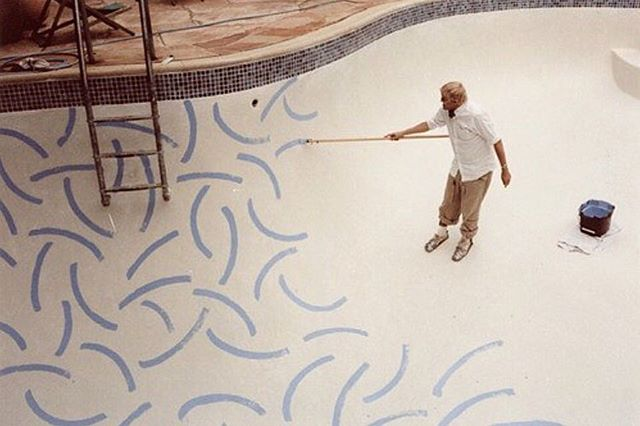 David Hockney painting his pool 💧 via @carlottawinder