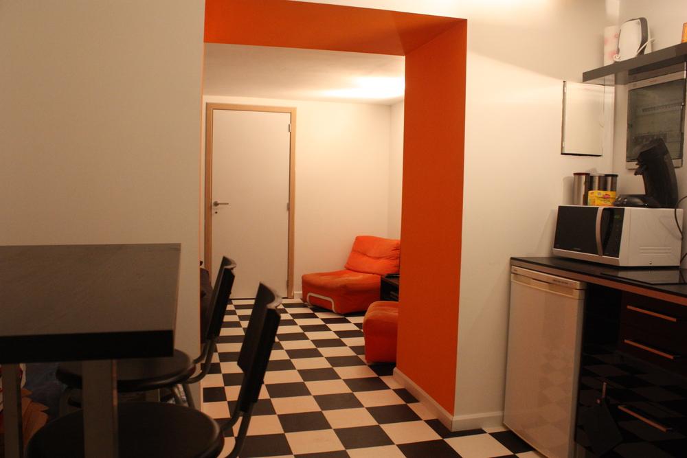 rest room - Uptown Studios