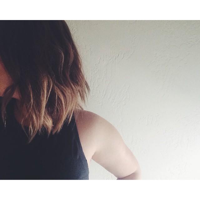 Loving my hair, thanks @chazmichael79. #hair #nobrushever #livedinhair #livedinstyle #summer #summerhair #shorthair #jeffreysmithstudio