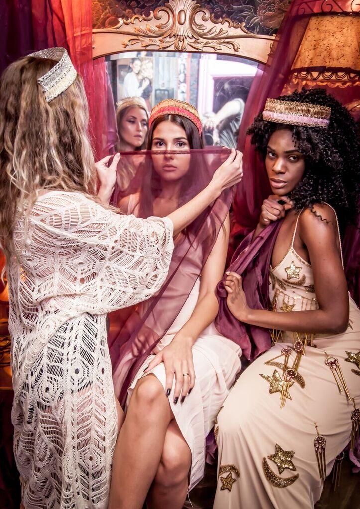 Models: Danielle Walker, Nelima Bandeira & Nini Amerlise