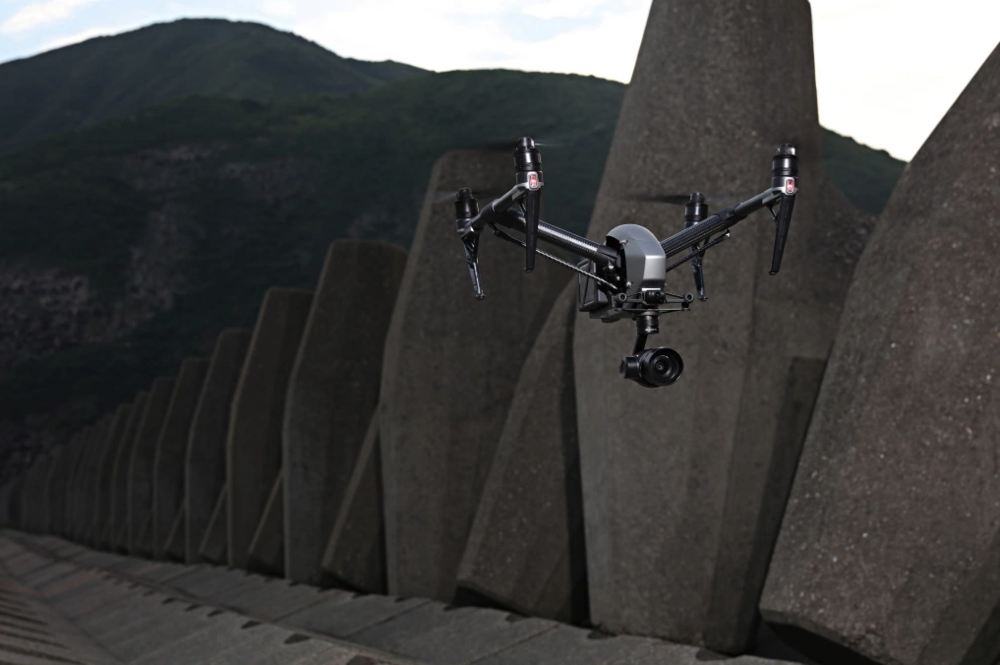 DJI Inspire 2 for drone survey and inspections.png
