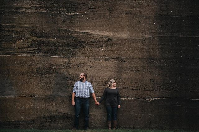 That wall though + that couple... just sayin... #wall #rustic #engagementphotos #engagementsession #engagementphotographer #nashville #nashvilletn #nashvilleweddingphotographer #nikon #nikond750 #lookslikefilm #love #fall #internationalweddingphotographer #weddings #weddingphotography