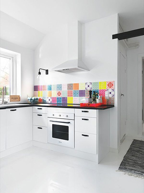 colorful-kitchen-backsplash-ideas-1.jpg