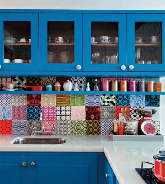 colorful-kitchen-backsplash-ideas-6-554x616.jpg