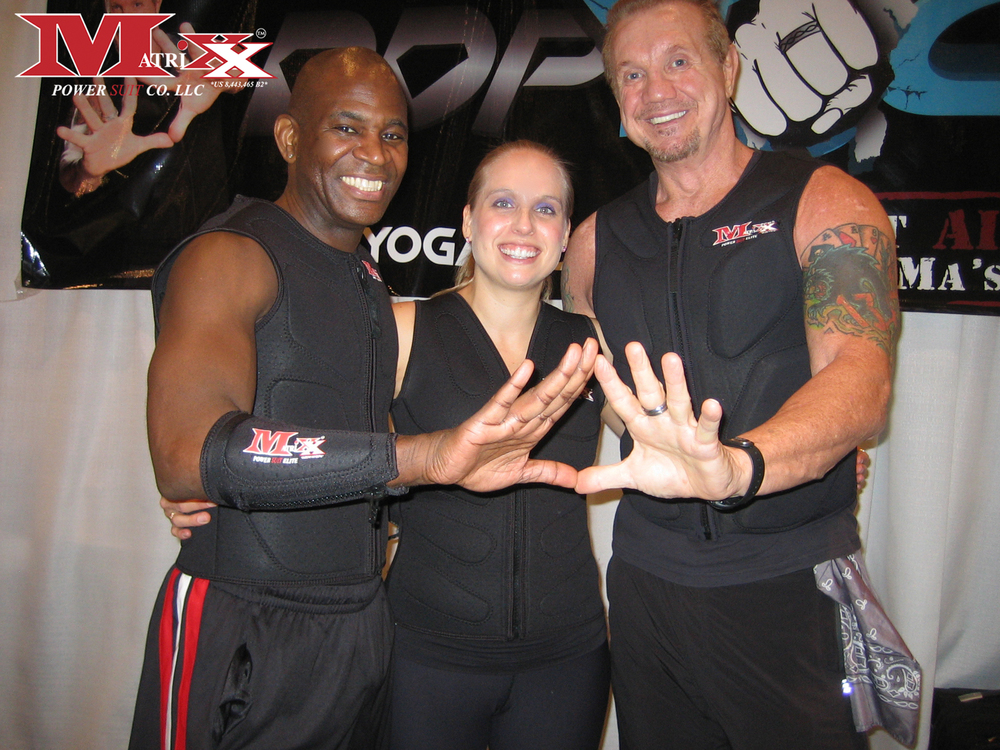 "Calvin & Holly w ""Diamond Dallas Paige"" @ Pix 11 Health & Wellness Expo 2012"