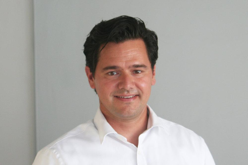 Viktor Rohacs Associate.JPG
