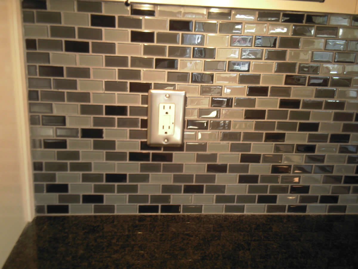 kitchen-backsplash-ceramic-tile-77