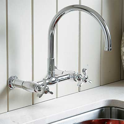 17 Kitchen Faucets