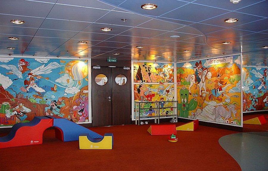 Kids-cartoon-playroom-ideas-and-decor.jpg