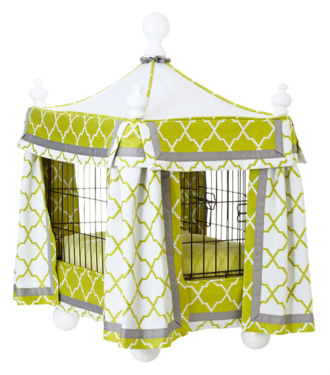 A mobile home fit for pet royalty.