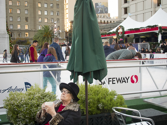 Lady enjoying her coffee. Union Square. San Francisco, CA/ ©Stella Kalaw