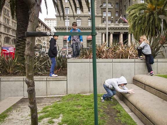 Four Kids Playing.Union Square San Francisco, CA/ ©Stella Kalaw