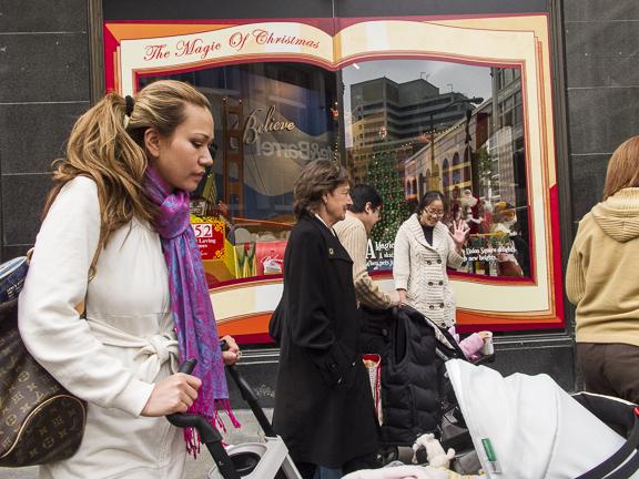 Macy's on O'Farrell Street. San Francisco, CA/ ©Stella Kalaw