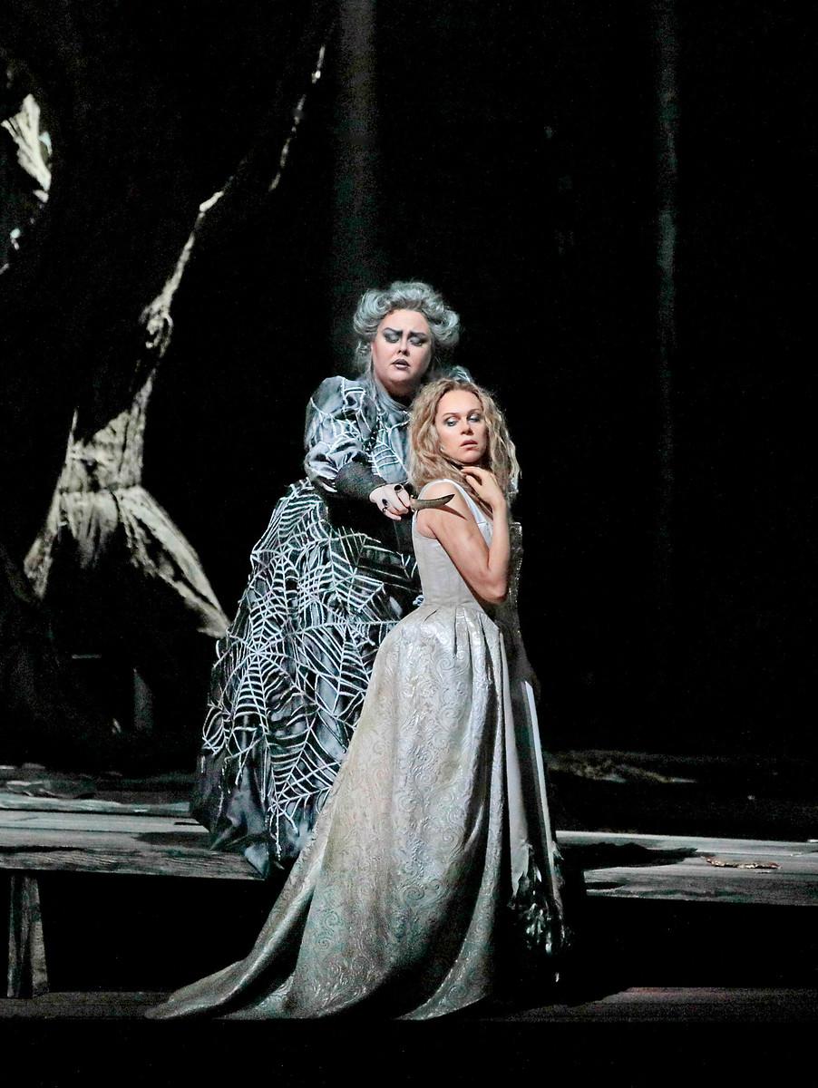 Photo by Ken Howard / Metropolitan Opera