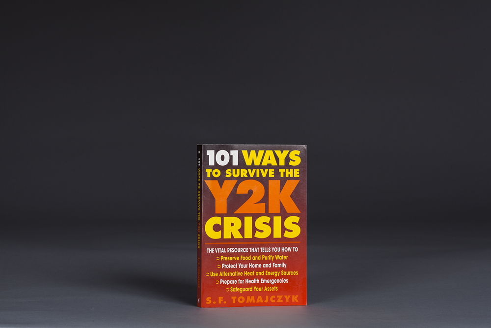 101 Ways to Survive the Y2K Crisis - 9904 Cover.jpg
