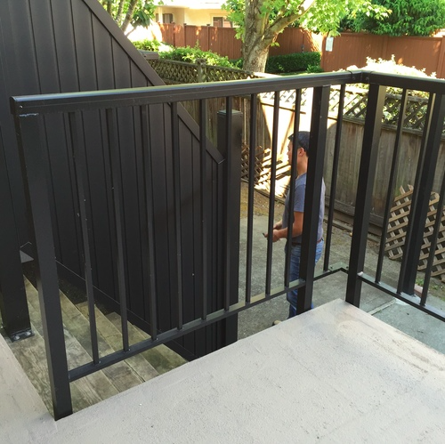Aluminum deck railing in replacement of wood railing, Blundell, Richmend, BC.