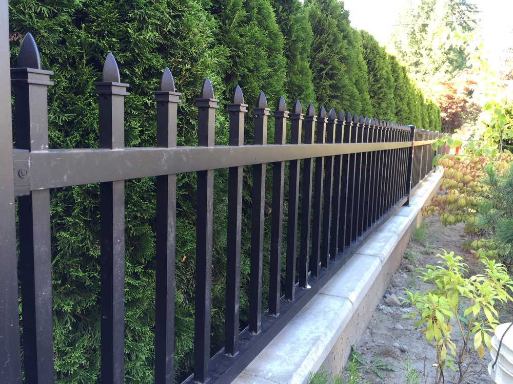 "2"" high aluminum railing with spearhead, 7/8"" pickets and 1.5""x1"" tube top and bottom channels, Coquitlam, BC"