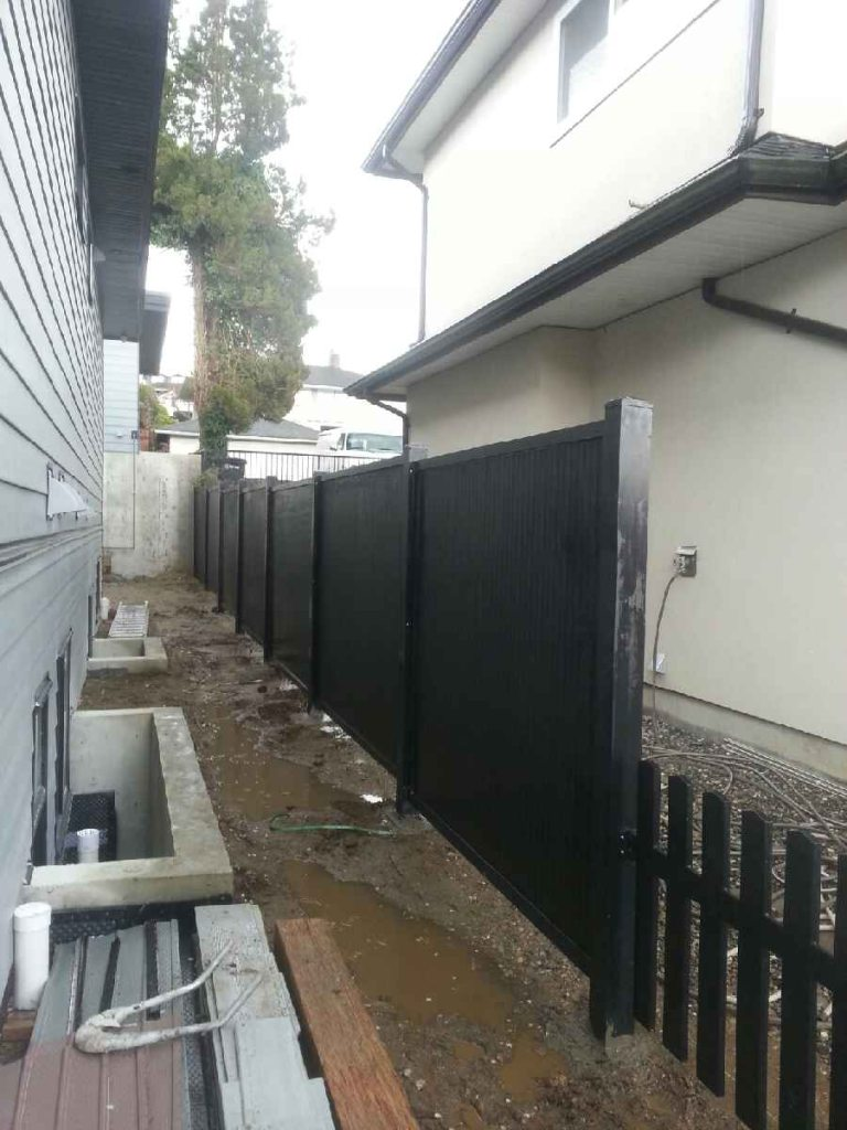 Total privacy fence