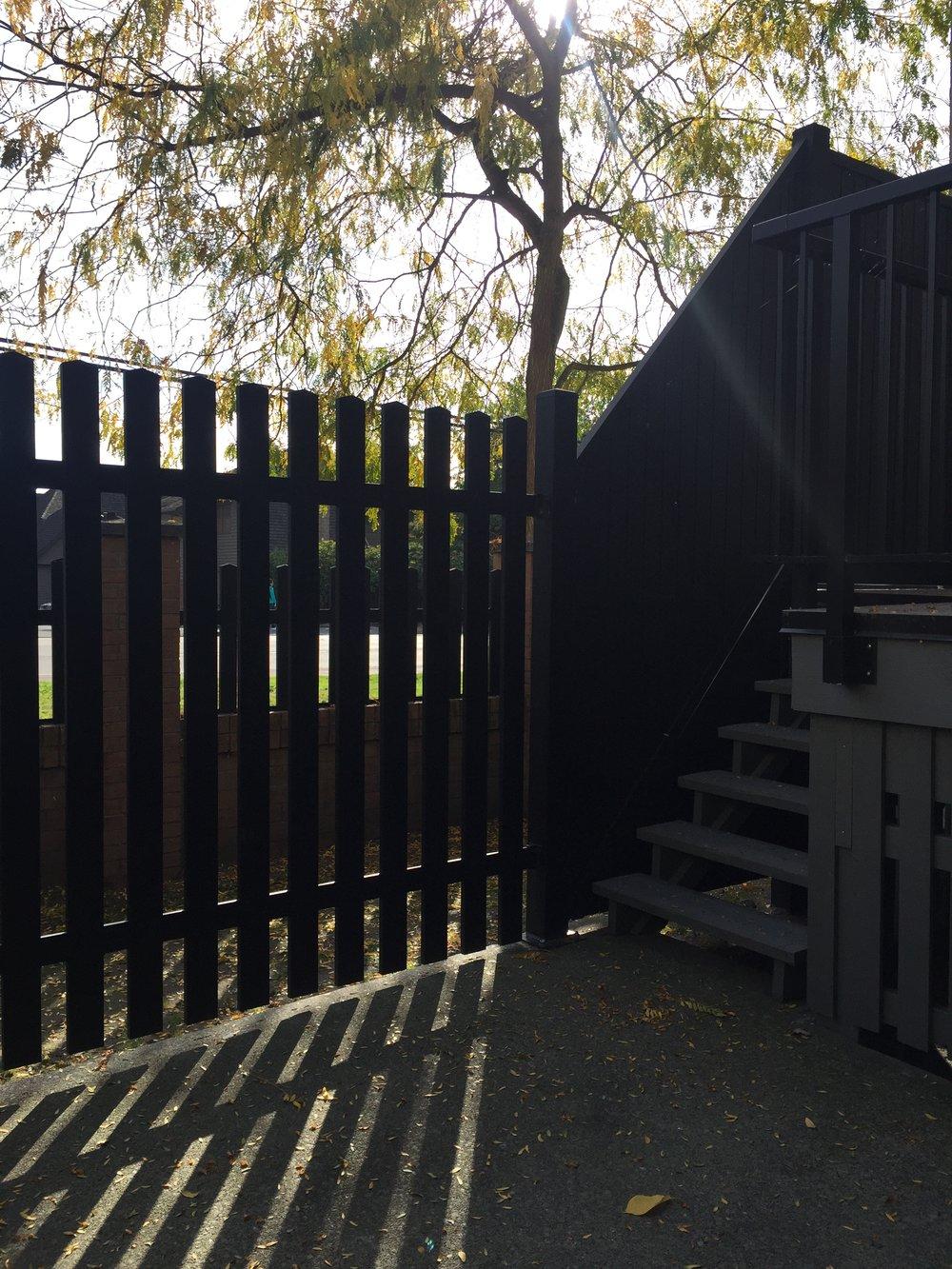 semi-fence.jpg