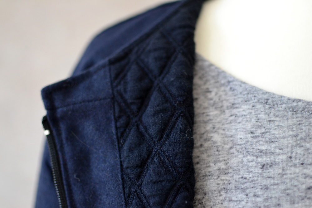 Fall jacket with waffle structured lining