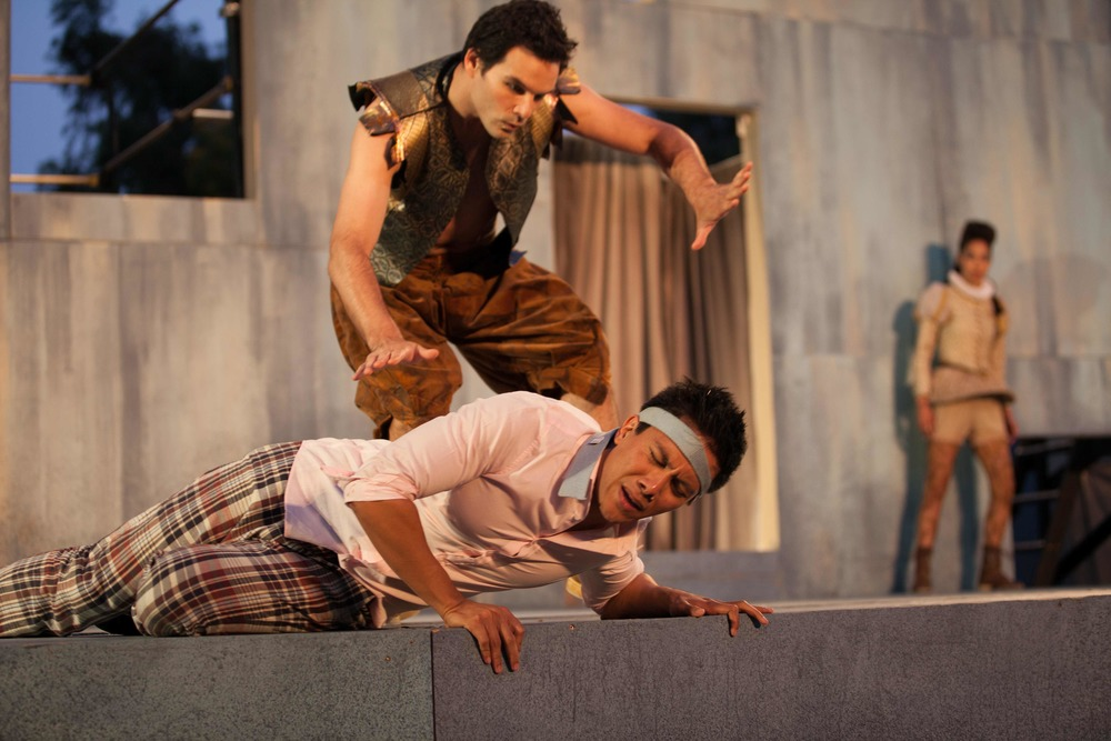 Sean Pritchett, ERwon Tuazon & Lovelle Liquigan in Midsummer Night's Dream, 2012. Photo: Grettel Cortes.