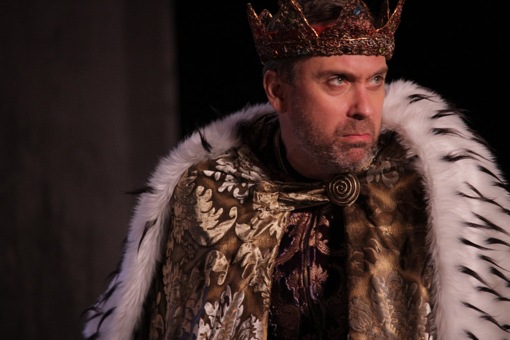 DAVID MELVILLE IN RICHARD III (PHOTO BY REYNALDO MACIAS)