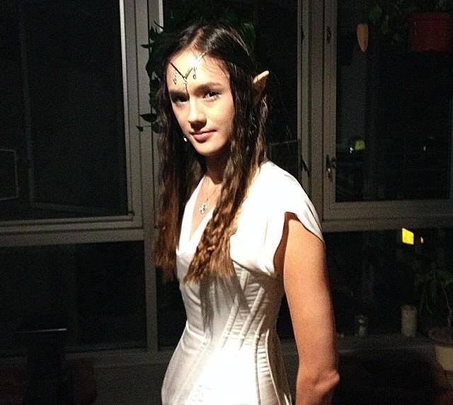 ISC CAST MEMBER RACHEl li as an elf