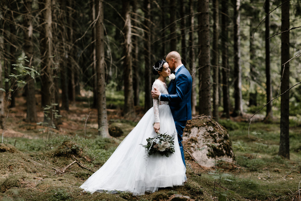 Essi + Ville | Oitbacka Gården | by Patrick Karkkolainen Wedding Photography-89.jpg