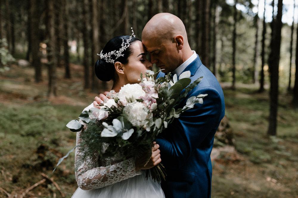 Essi + Ville | Oitbacka Gården | by Patrick Karkkolainen Wedding Photography-97.jpg