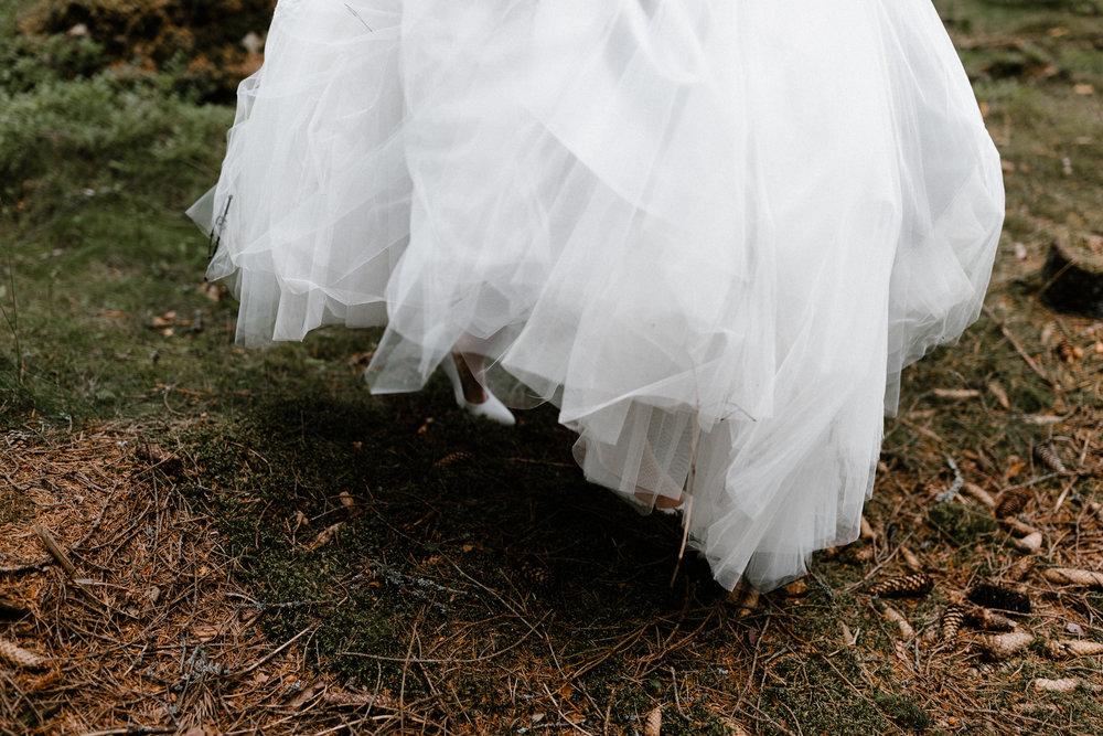 Essi + Ville | Oitbacka Gården | by Patrick Karkkolainen Wedding Photography-100.jpg