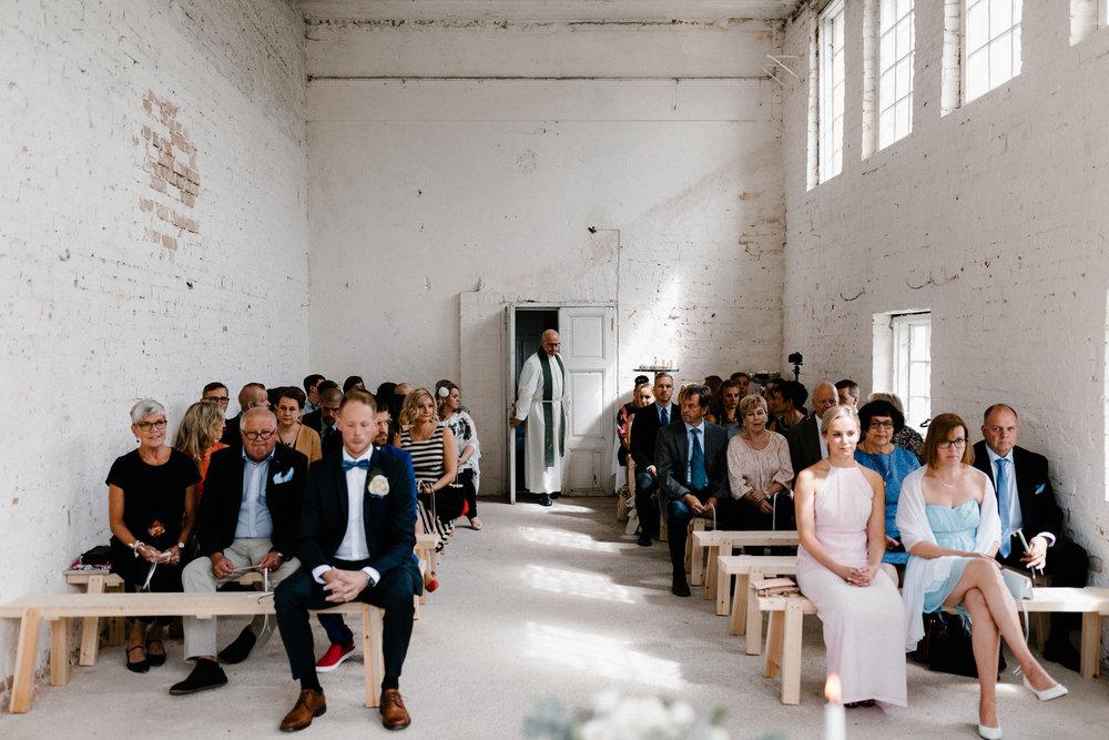 Essi + Ville | Oitbacka Gården | by Patrick Karkkolainen Wedding Photography-145.jpg