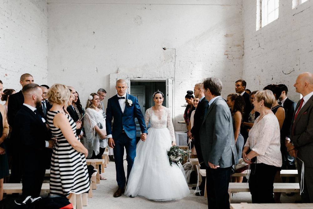 Essi + Ville | Oitbacka Gården | by Patrick Karkkolainen Wedding Photography-148.jpg