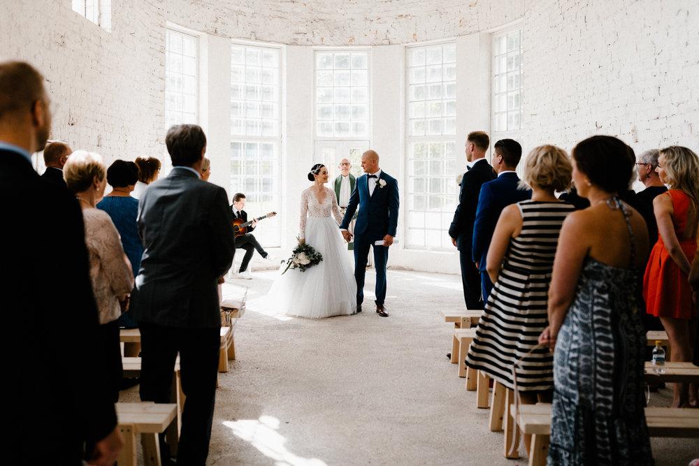 Essi + Ville | Oitbacka Gården | by Patrick Karkkolainen Wedding Photography-161.jpg