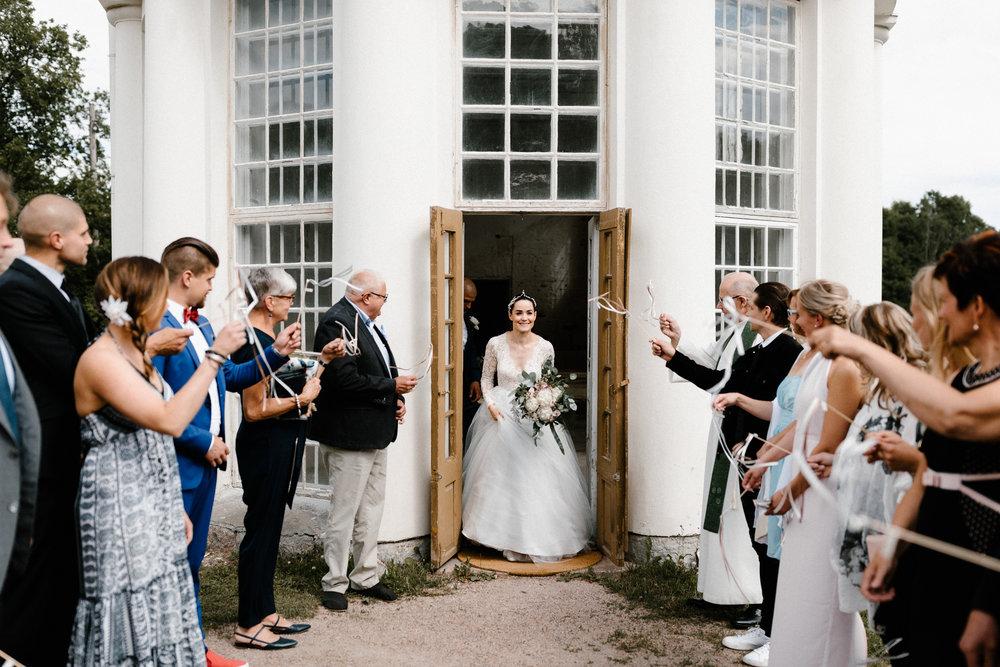 Essi + Ville | Oitbacka Gården | by Patrick Karkkolainen Wedding Photography-167.jpg
