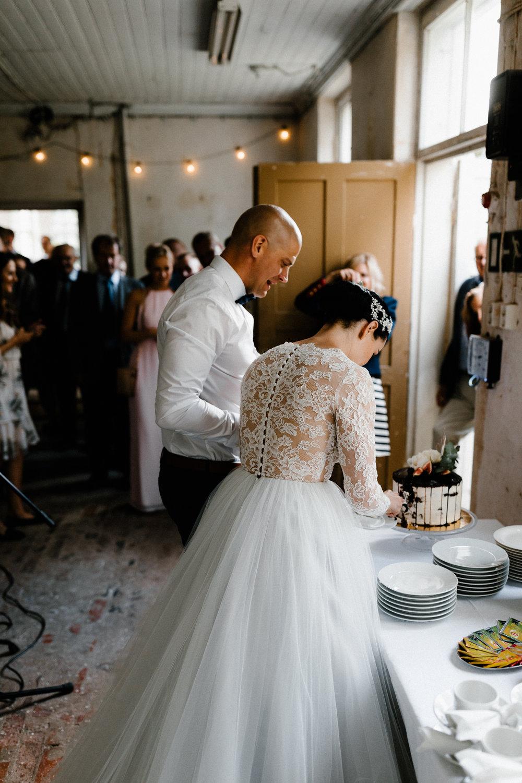 Essi + Ville | Oitbacka Gården | by Patrick Karkkolainen Wedding Photography-255.jpg