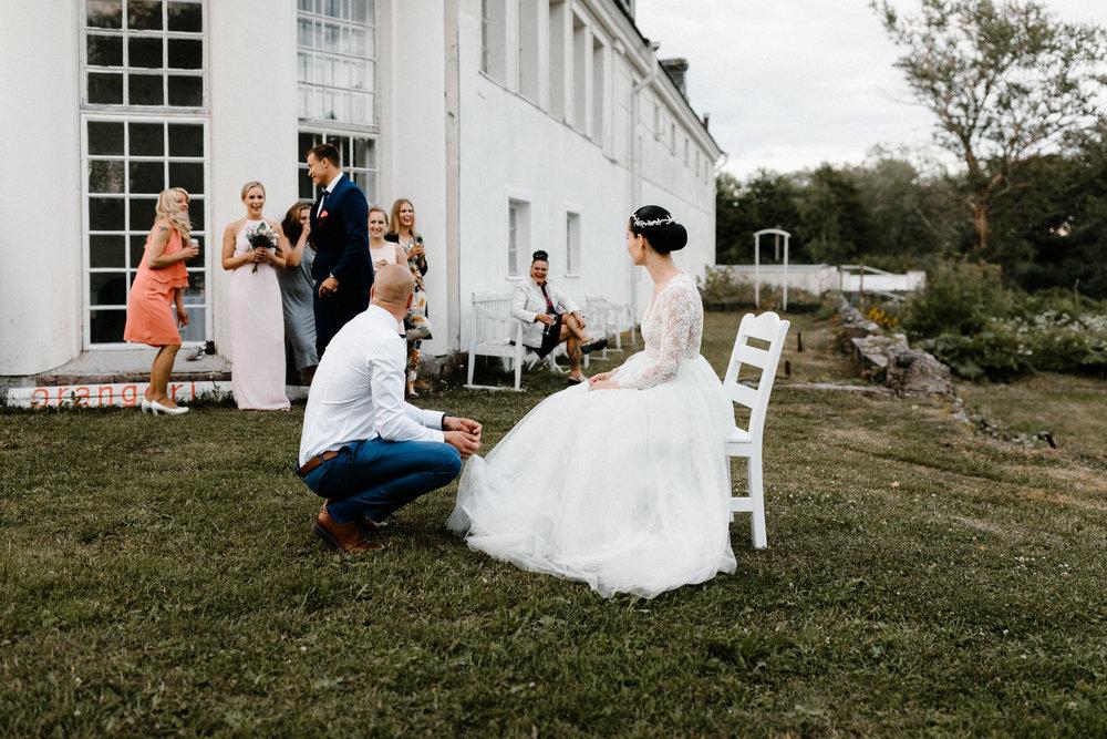 Essi + Ville | Oitbacka Gården | by Patrick Karkkolainen Wedding Photography-313.jpg